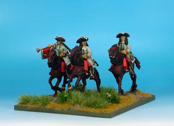 WLOA54b Cuirassier Command, cuirass under coat,tricorne; gallopng horses