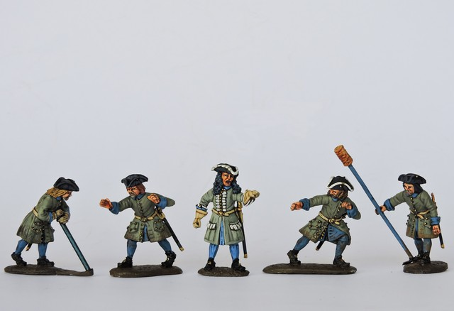SA02 Swedish gunners running gun back