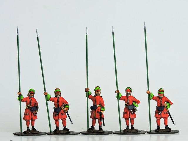 R09 GNW Russian Pikemen in Kartuz standing