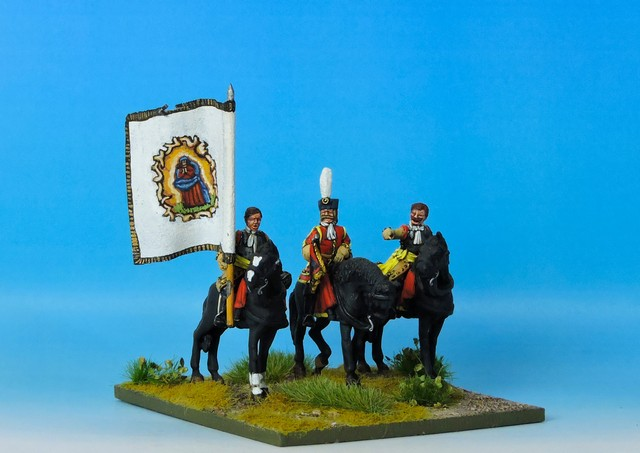 WLOA46a Cuirassier Command bare headed on standing horses